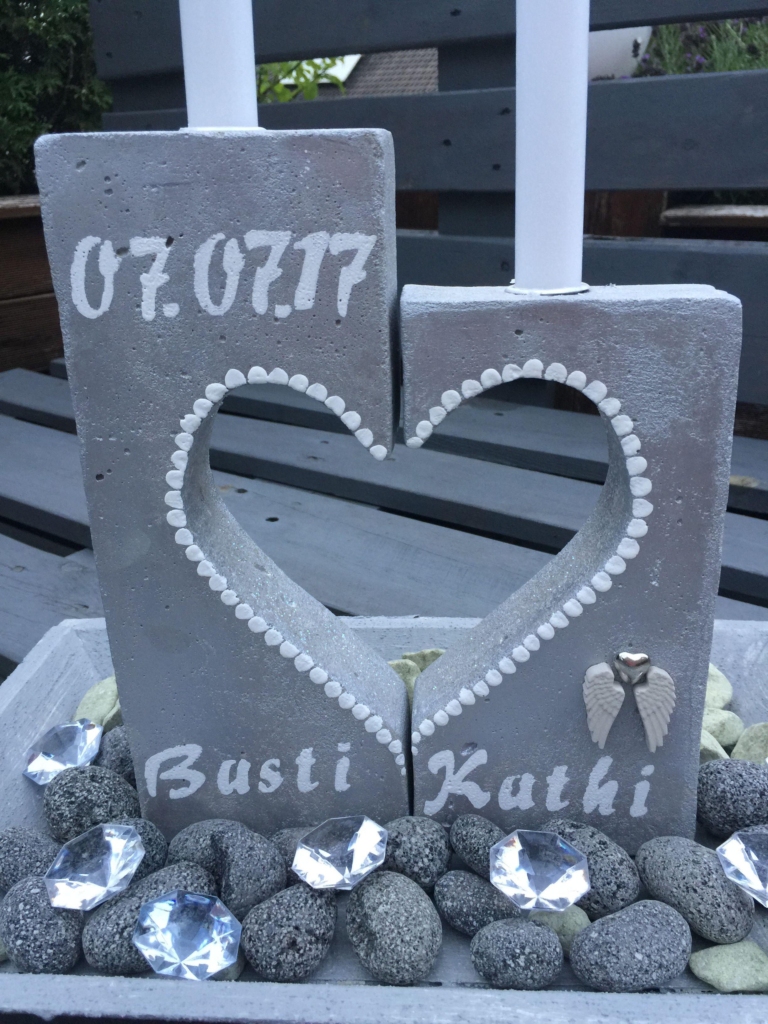 individuelles hochzeitsgeschenk kerzenst nder aus beton mit herzen beton pinterest. Black Bedroom Furniture Sets. Home Design Ideas