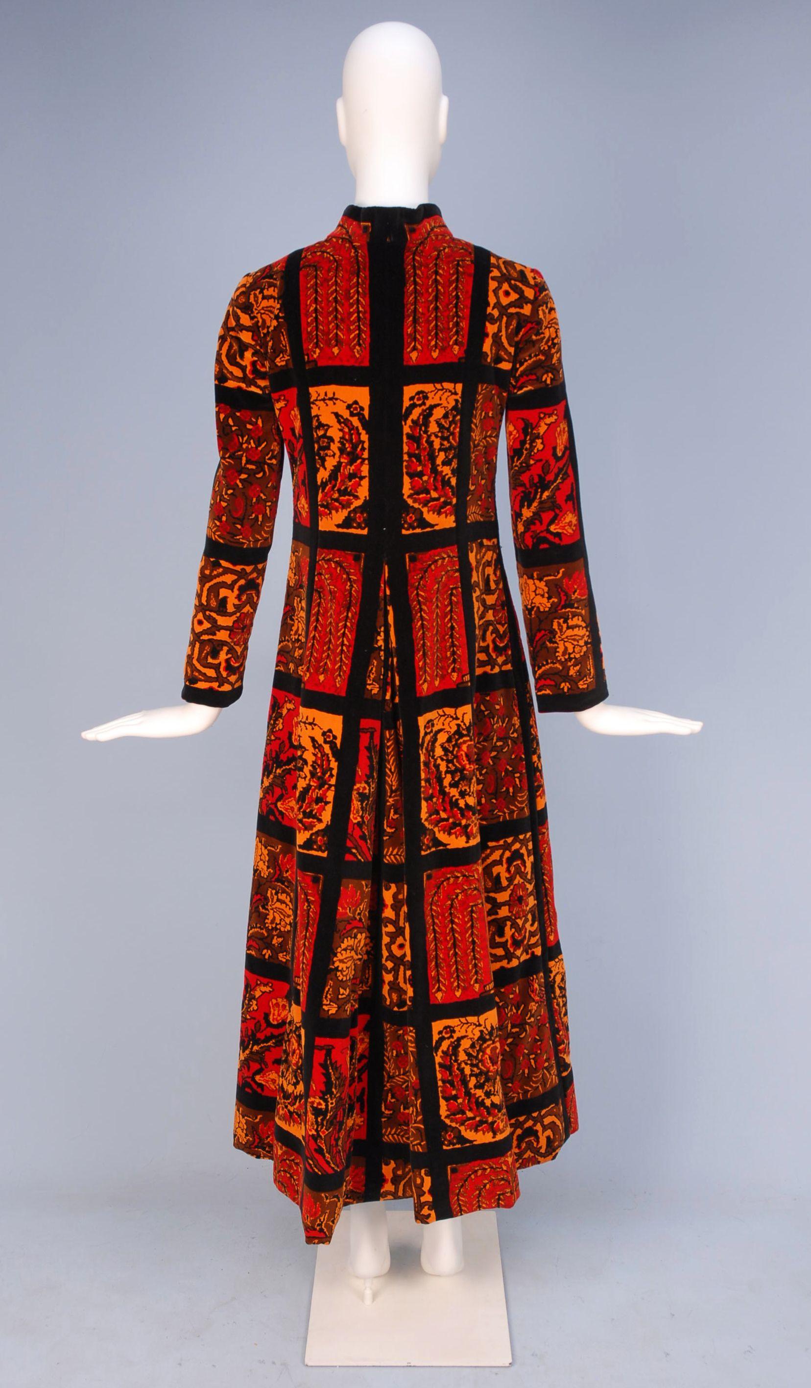6c9cc294989b LOT 973 - whitakerauction | 1960s | Fashion, Psychedelic pattern ...