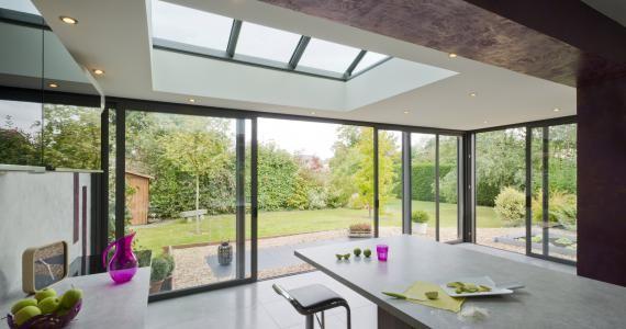 veranda moderne toit plat en alu extanxia concept alu. Black Bedroom Furniture Sets. Home Design Ideas