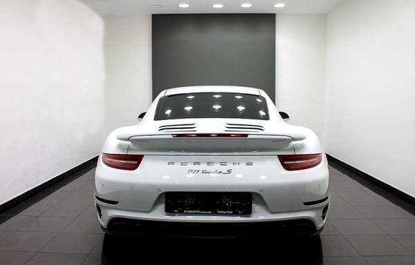 Porsche Carrera Turbo S - Dubai - 3/8
