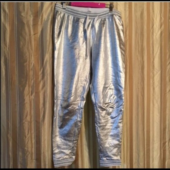 ✨metallic joggers✨ -Items do come from a pet friendly home (1dog-1cat) in case anyone is allergic and needs to know! Forever 21 Pants Track Pants & Joggers