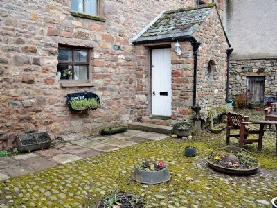 cruck end in cumbria cottages4you beta cottages pinterest