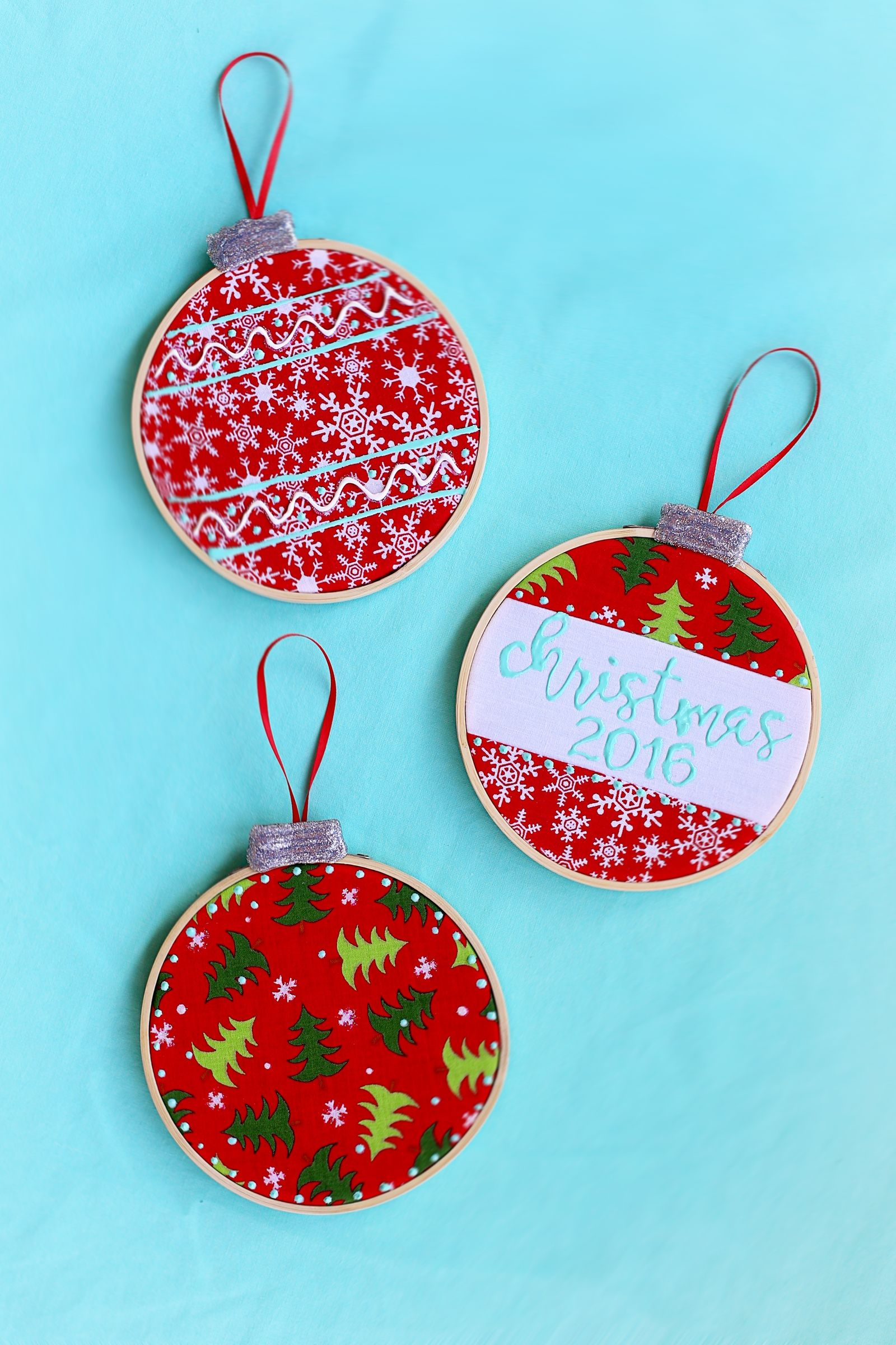 Embroidery Hoop Ornaments DIY with SugarBee Crafts This is the