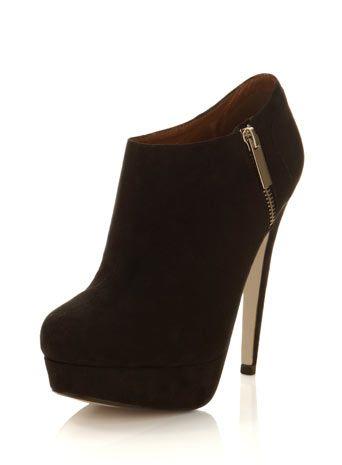 bb8bf58ee9a6 Bassett Black Banana Heel Boot