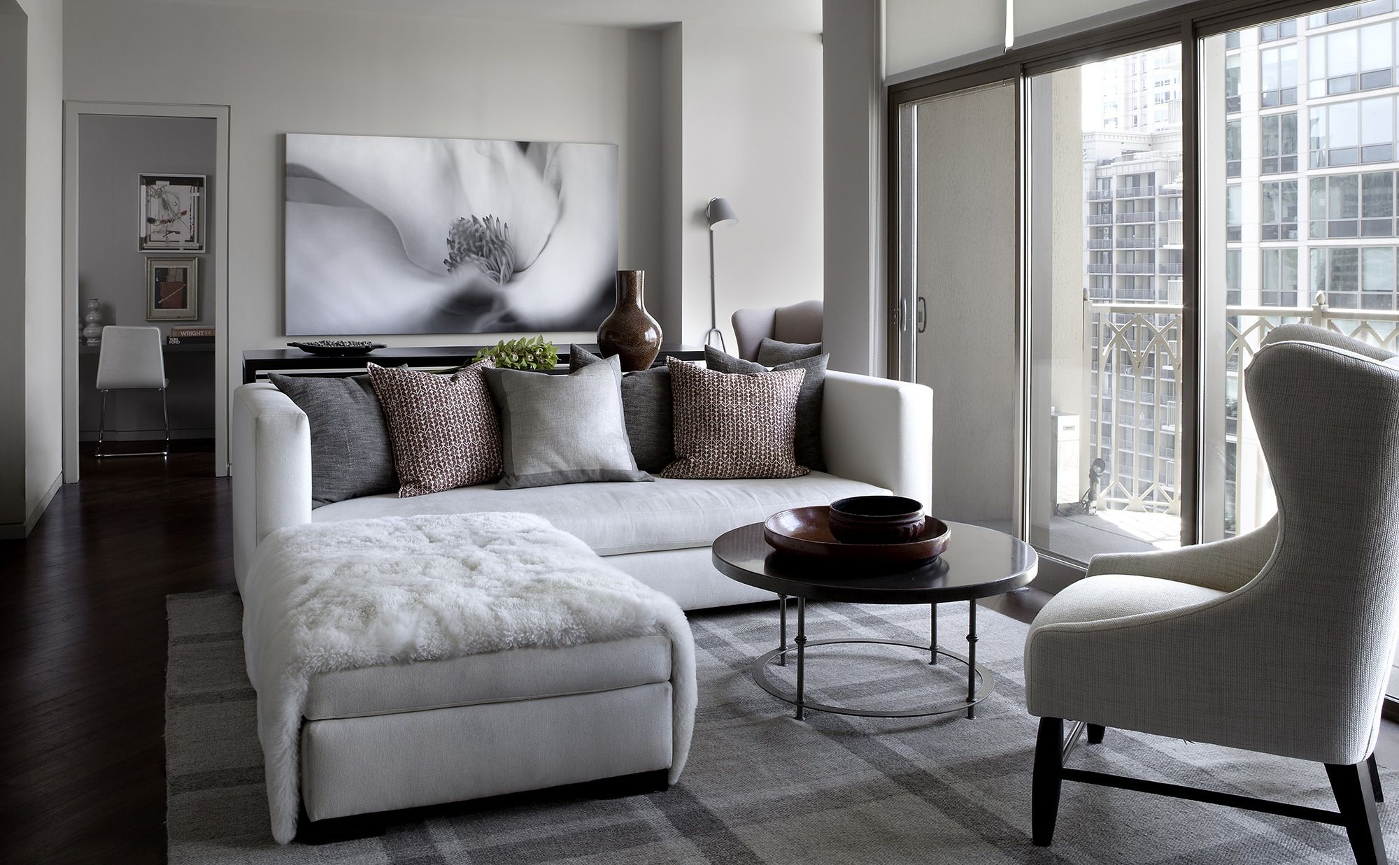 35 Chic Gray & Neutral Living Spaces