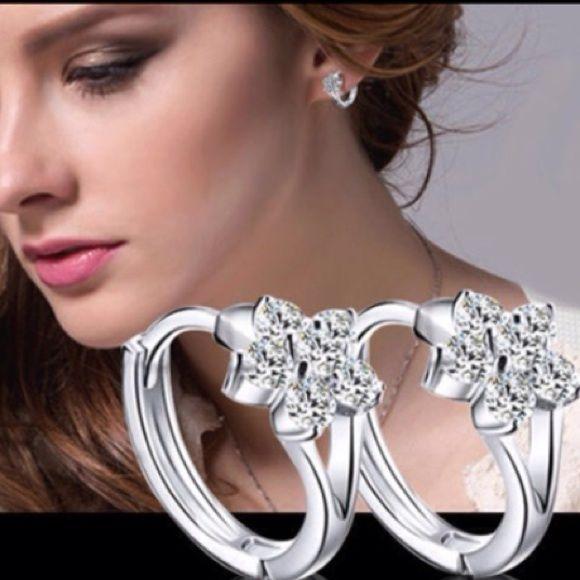 New 925 earrings Brand new.  1 pair fashion Women Ladies silver 925 Zircon snowflake Ear stud Earrings new Jewelry Jewelry Earrings