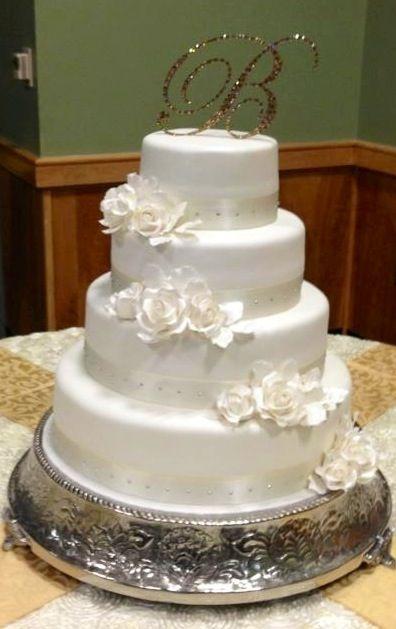 My Simple And Elegant Wedding Cake Bling Topper Flower Gum Paste Ivory Reception IMG 2537