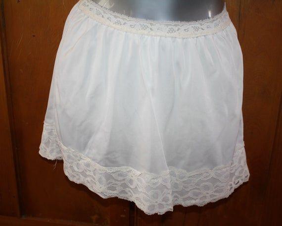 New Ladies Designer Marlon Cling Resistant Underwear Half Slip Waist Underskirt