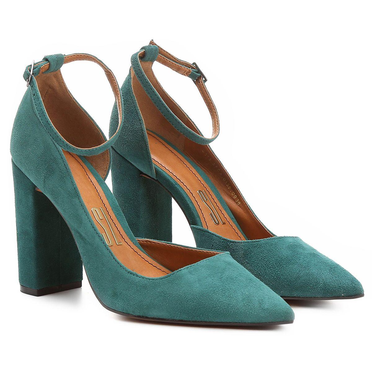 f11eff59e Compre Scarpin Santa Lolla Salto Grosso Pulseira Preto na Zattini a nova  loja de moda online