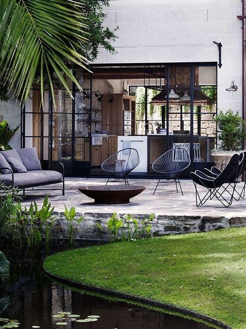 Grand patio Premium Drinnen Drau/ßen Rundes Metall Beistelltische Wetterresistent Seite Tisch f/ür Patio,Hof,Balkon,Garten Rot