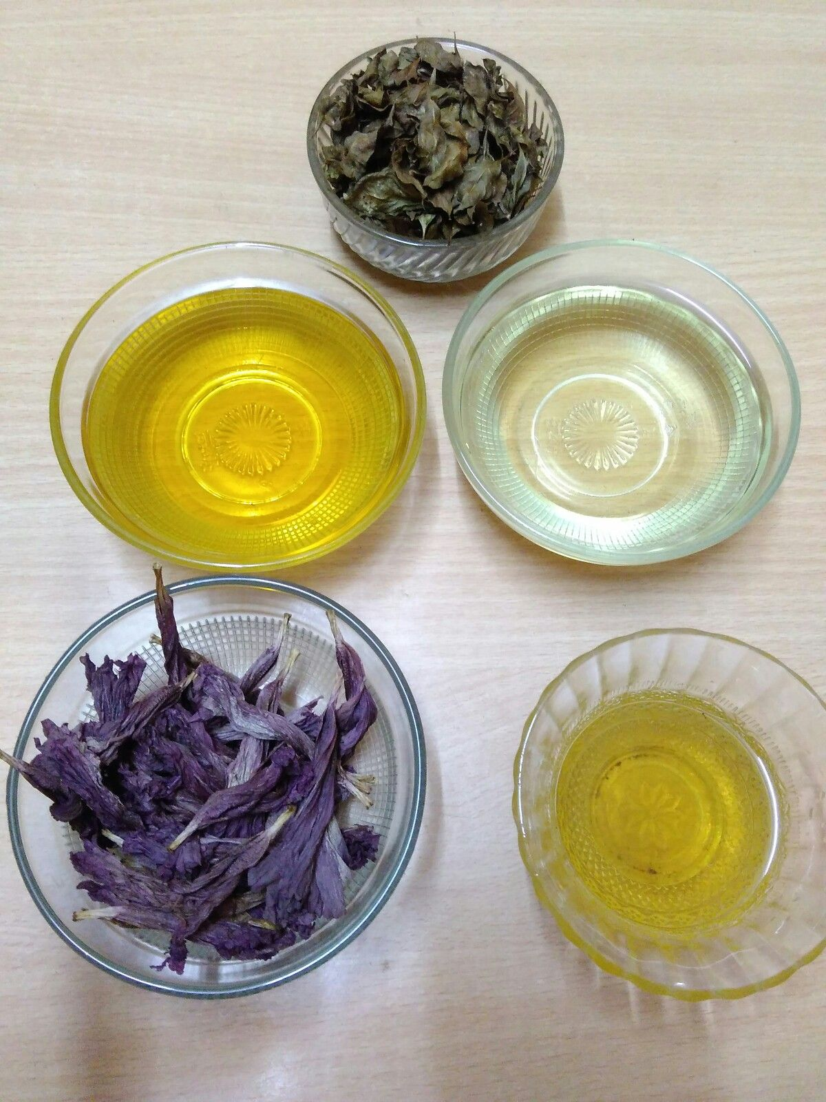 You Need Coconut Oil Sesame Oil Castor Oil Dried Hibiscus Flowers
