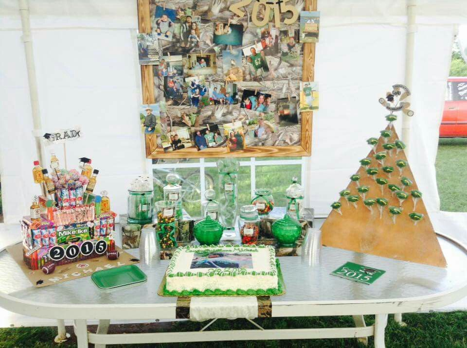 Grad party table
