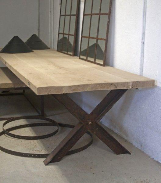 Mesa barcelona con patas fabricadas en hierro en forma de - Mesa de hierro ...