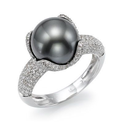 Black Pearl Engagement Ring Diamonds and pearls a beautiful combination.