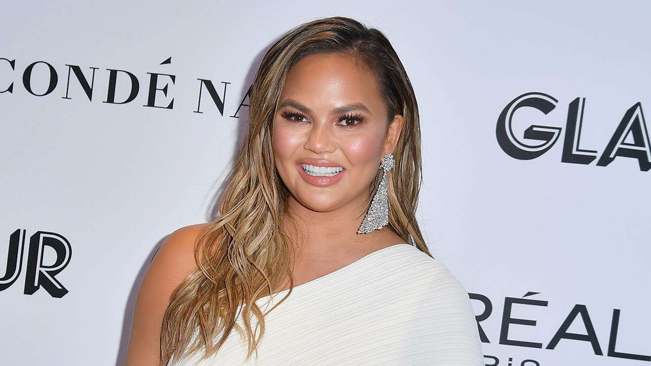 Chrissy Teigen Shades College Admissions Scandal With Viral