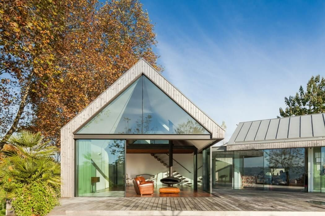 Viel glas einfamilienh user pinterest stadtvilla for Modernes haus viel glas