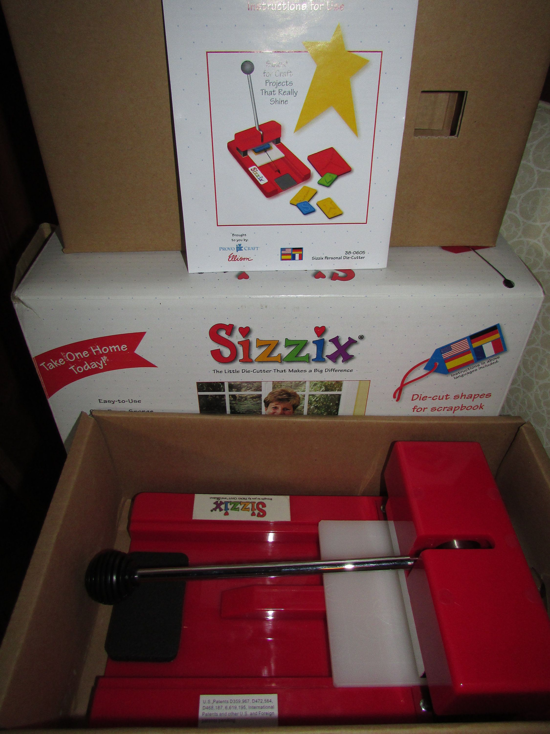 Sizzix Provo Craft Red Personal Die Cutter Cut Machine 38-0605 W