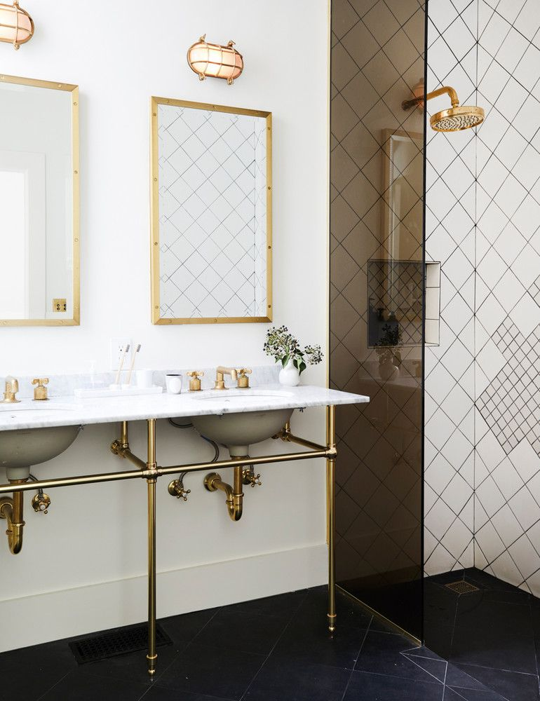Opposites Attract In This Artfully Balanced San Francisco Home Mesmerizing San Francisco Bathroom Remodel Decorating Design