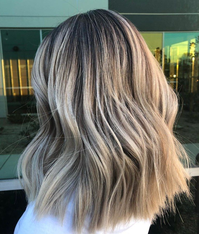 Smoked Marshmallow Hair Is 2019 S Low Maintenance Trend For