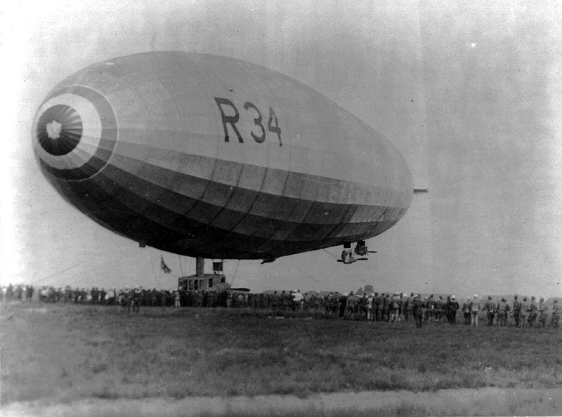 Risultati immagini per dirigibile britannico R-34
