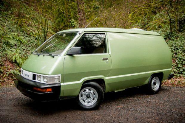 Clean Green 5 Speed 1986 Toyota Cargo Van Classic Cars Toyota Van Van