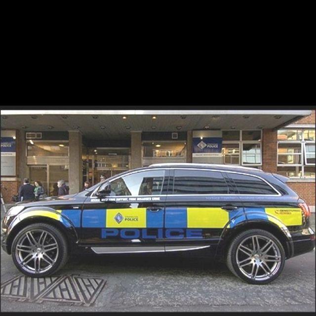 wow audi q7 police car nice police cars british police cars old police cars wow audi q7 police car nice police
