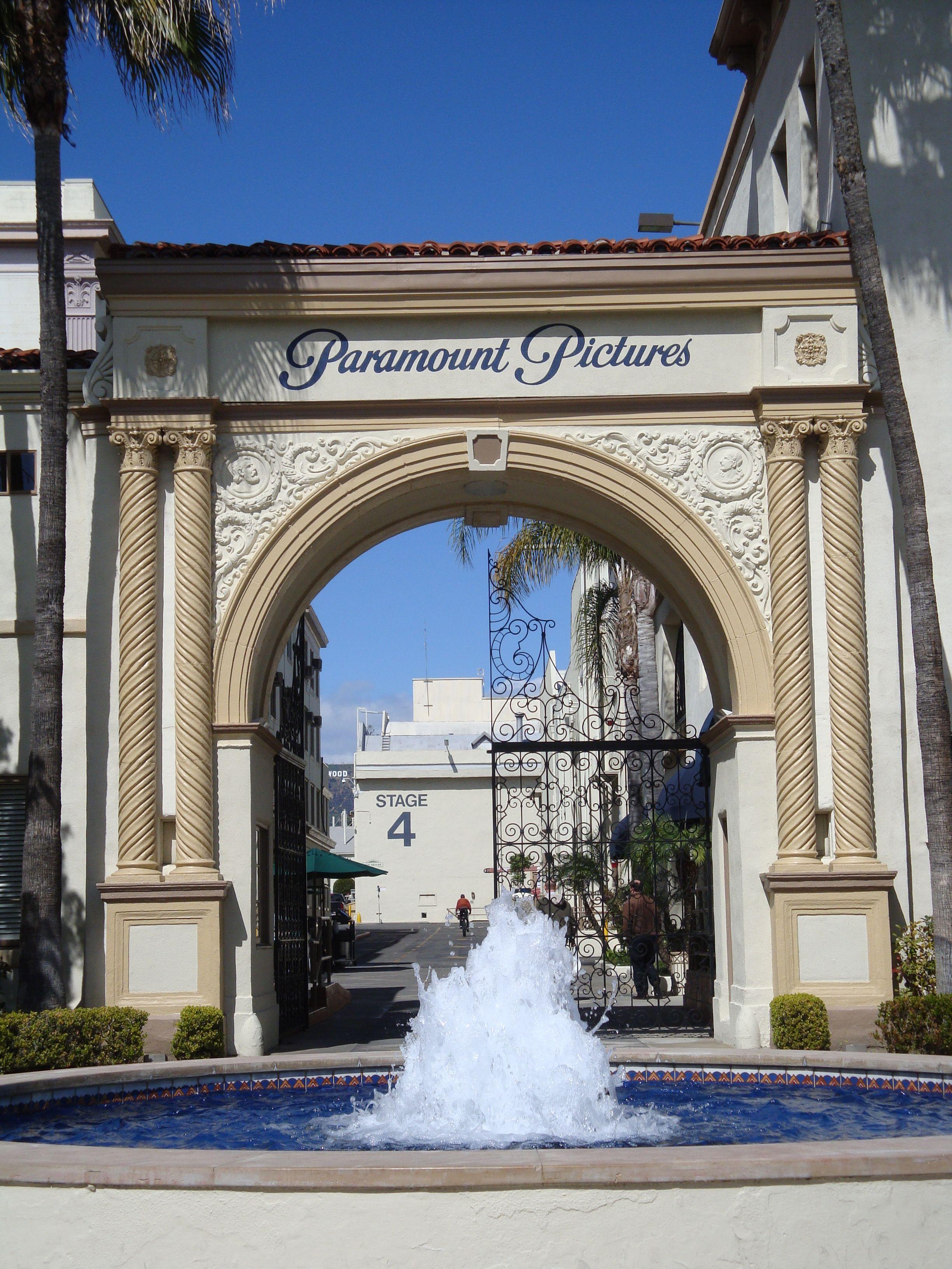 Los Angeles Movie Studio Tours Ranked Geektyrant Studio Tours Los Angeles Warner Brothers Studio Tour Studio Tour