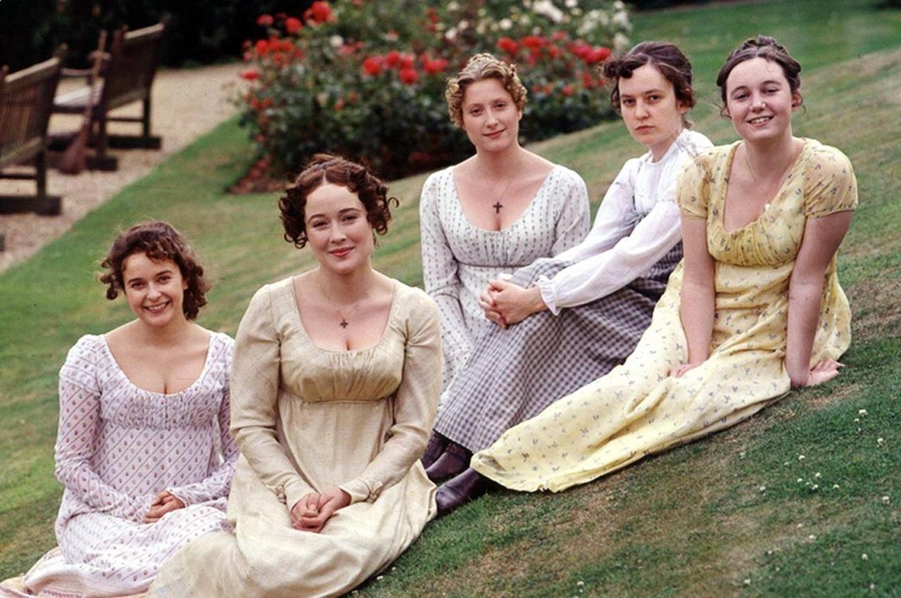 The Bennet Sisters Julia Sawalha As Lydia Jennifer Ehle As Elizabeth Susannah Harker As Jane Lucy Briers A Pride And Prejudice Bennet Sisters Jennifer Ehle