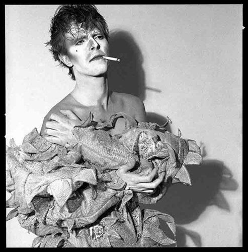 A Rare Behind-The-Scenes Look At Some Of Bowies Most Iconic Photographs.