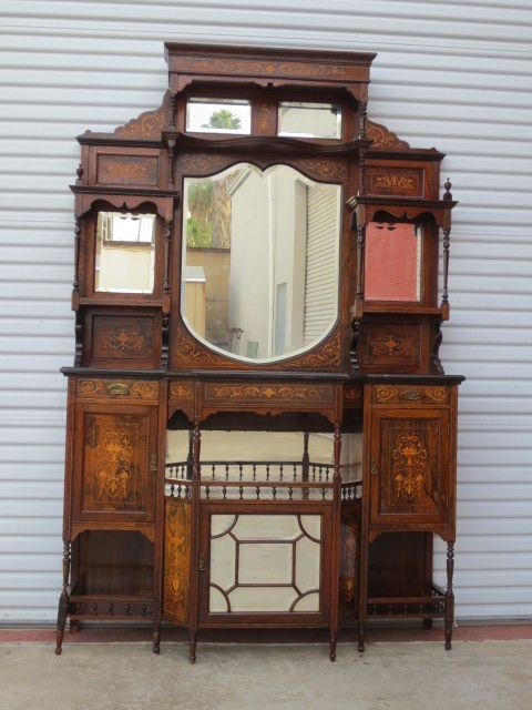 High Quality English Antique Hutch Etagere Cabinet Sideboard Antique Furniture