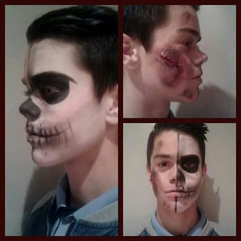 Male  Half face skulled  Halloween 2015 Black&White  Fake wounds  Make-up Belgium  15minutemake-over