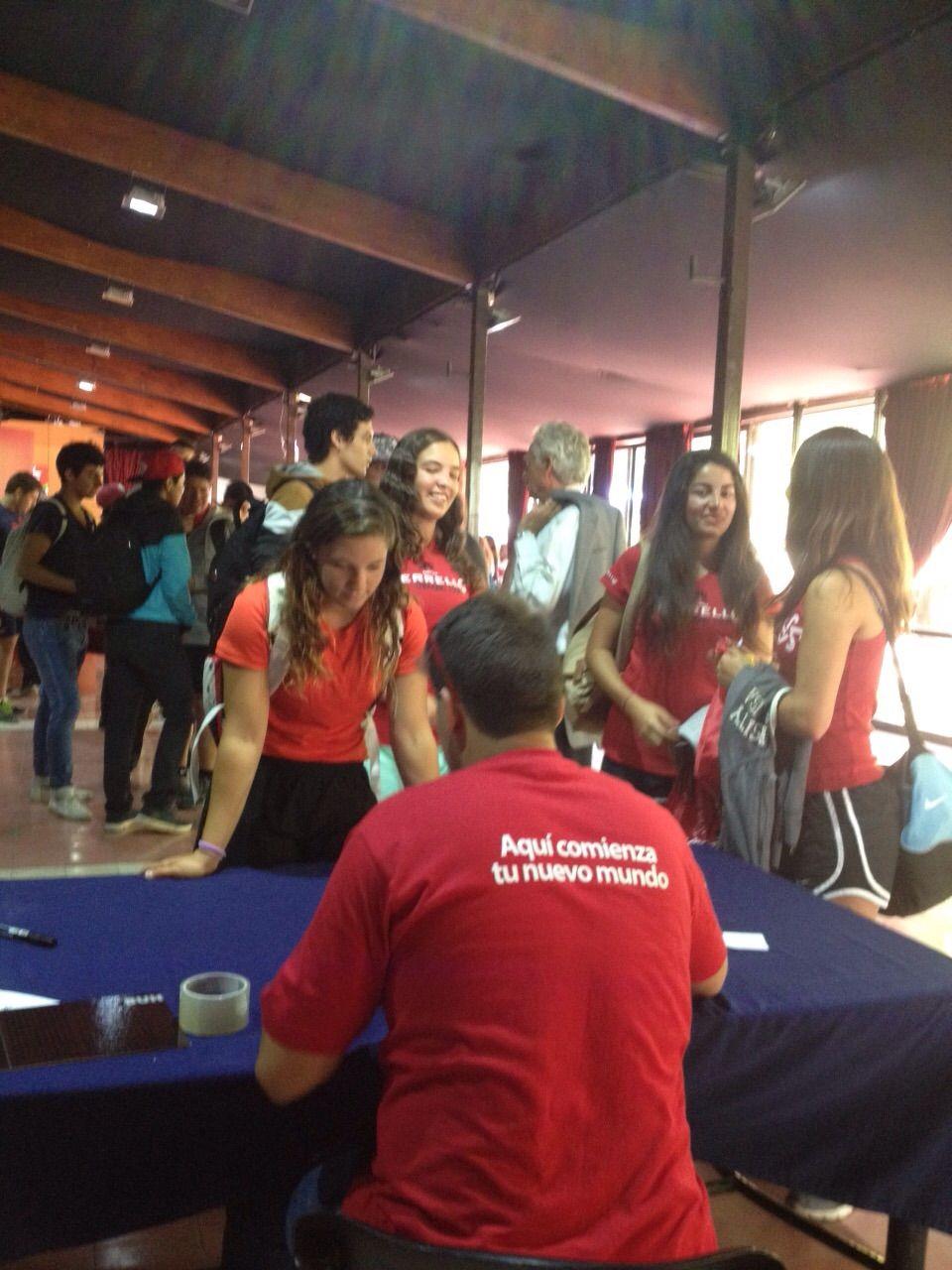 ¡Bienenidos a Casona, alumnos de Educación!