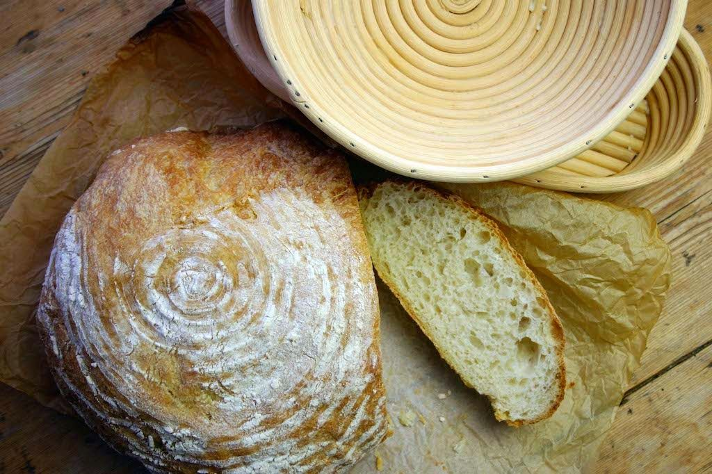 Belleau Kitchen: crusty white low-knead loaf