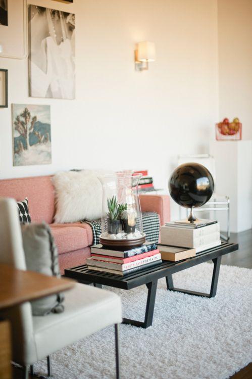 Livingroom. Like the mis-matched furniture.