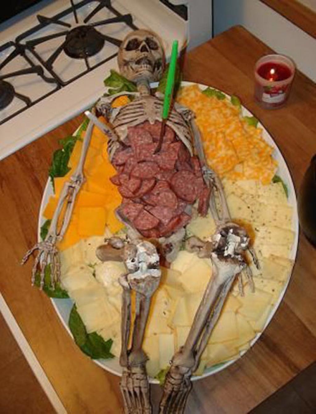 20 Horribles plats à servir sur la table de buffet lors de votre Party d\u0027 Halloween! HooOOooOOoo! , Cuisine , Trucs et Bricolages