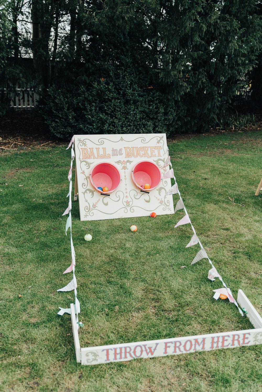 Beautiful Hoop Decor Wedding Ideas with Smoke Bomb