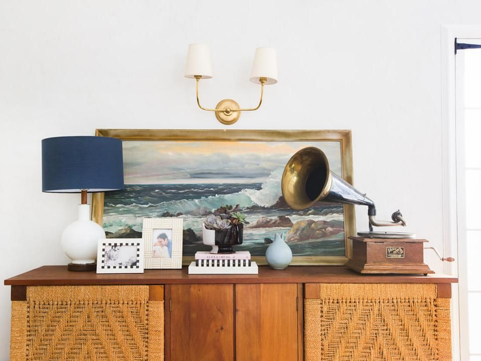 A colorful anchor piece is all you need to create a one-of-a-kind space.