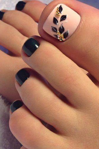 30 + TOE nail design for modern women - nail design & nail art#art #design #modern #nail #toe #women