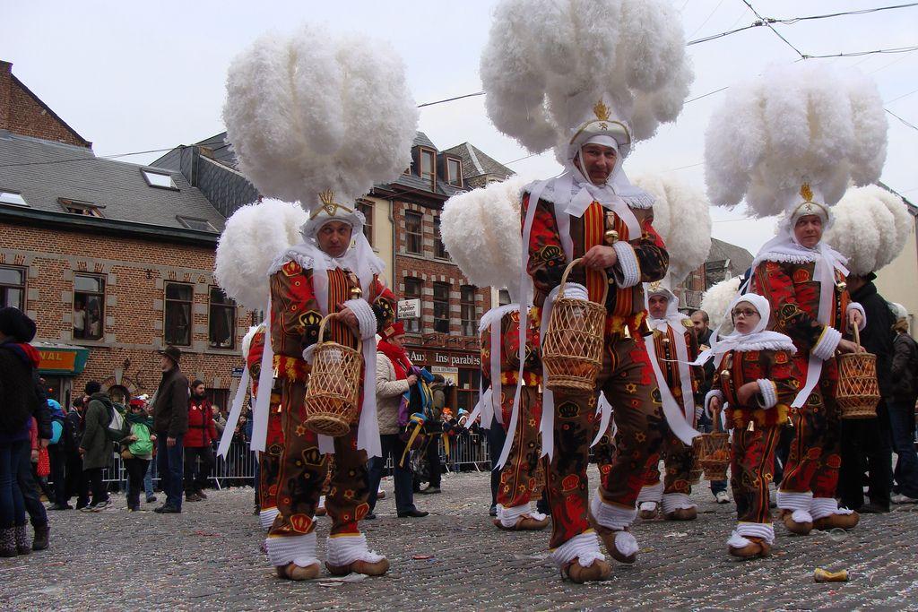 Los Chuchus del carnaval tradicional de Binche, en Bélgica.   cc-by Ines Saraiva