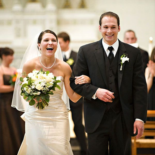 Wedding Processional And Recessional Songs: How To Plan Your Wedding In Less Than 6 Months