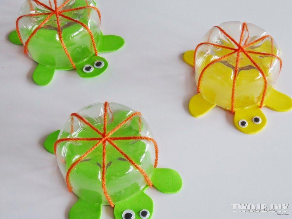 Co Zrobic Z Butelki Plastikowej Zabawka Dla Dzieci Do Kapieli Zolw Butelka Plastikowa Diy For Kids Christmas Ornaments Holiday Decor