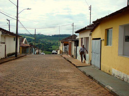 SÃO TOMAZ DE AQUINO - MG