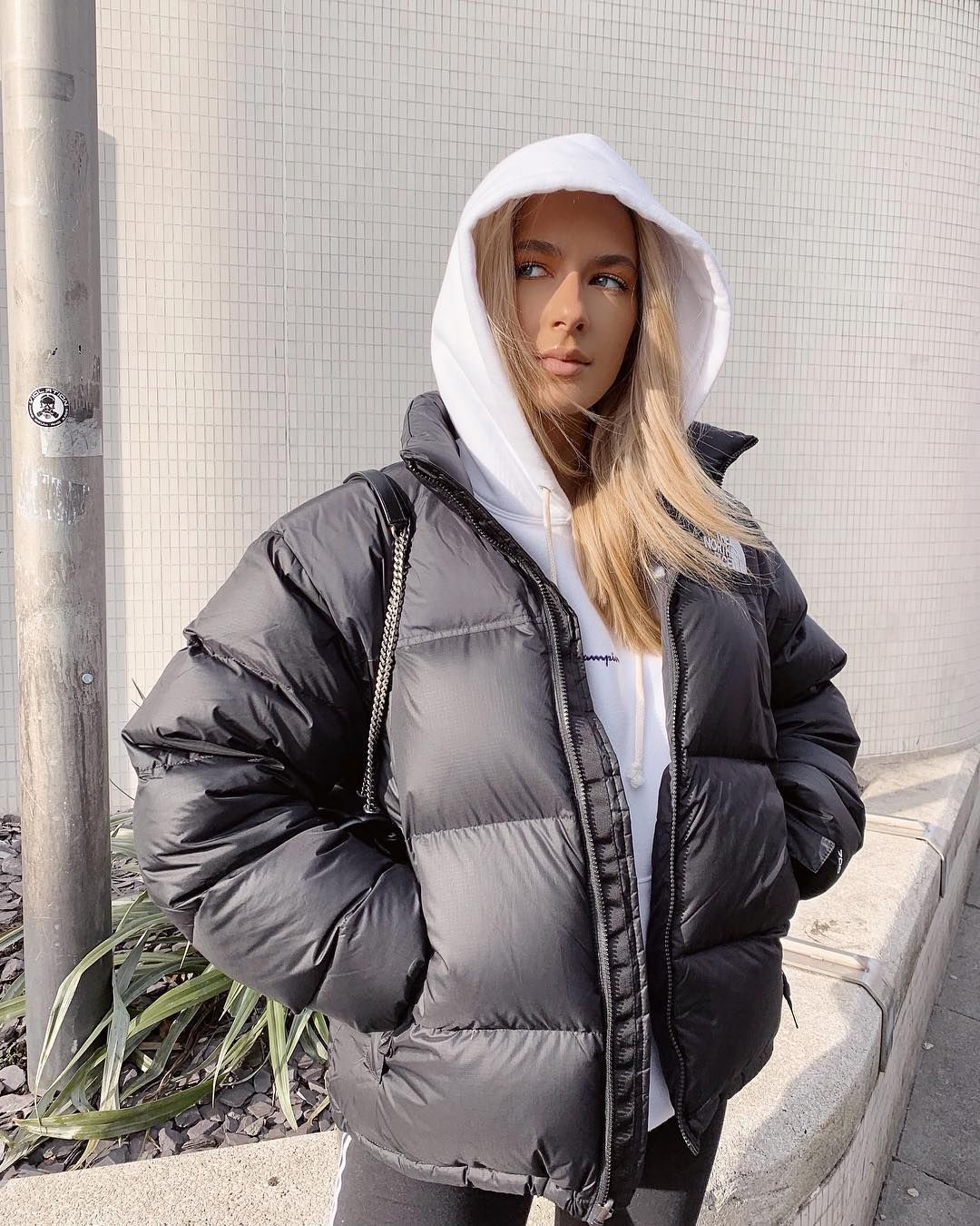 Sophia Tuxford On Instagram Hood Up Because Greasy Hair And Cinzia Said I Looked Cool L Winter Fashion Outfits Casual Winter Outfits North Face Puffer Jacket [ 1350 x 1080 Pixel ]