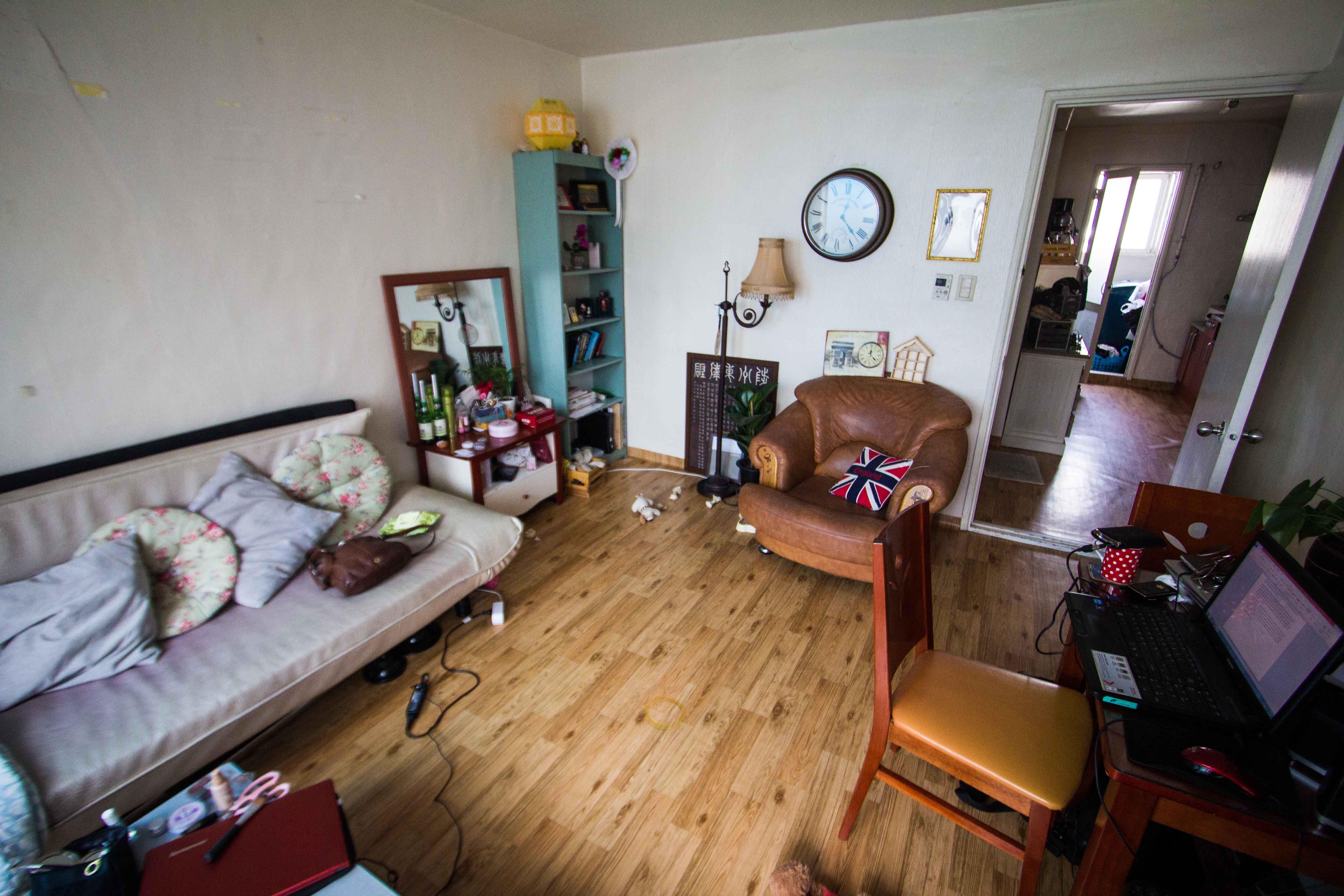 Apartment Inside Poor poor london flat interior - google search | garage soaps