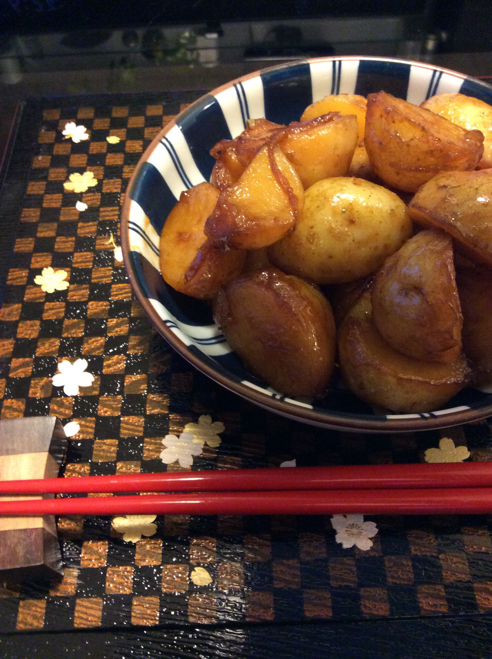 Japanese style potatoes. Easy to make and is the perfect side dish to all your dishes.  http://food.squidoo.com/japanese-potatoes-in-soy-based-sauce-my-mothers-favorite-side-dish                    #japanesefood #potatoes #potatorecipe #soysauce