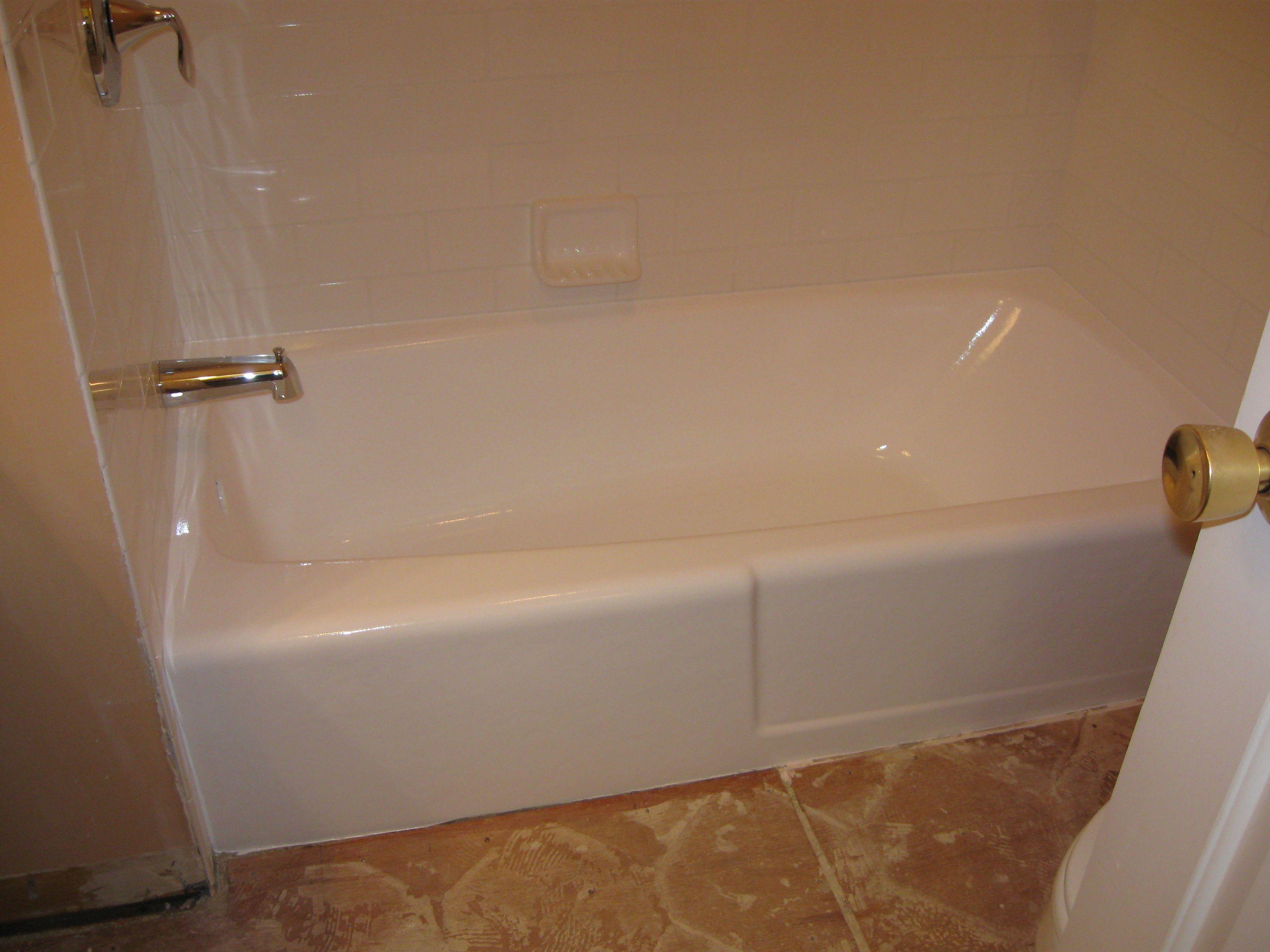 Don T Replace Your Bathtub Refinish Your Bathtub Bathtub Refinishing Is A Cost Effective Alternative To Replacing Refinish Bathtub Bathtub Home Maintenance