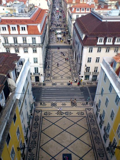 Lisbon streets- a popular cruise destination!