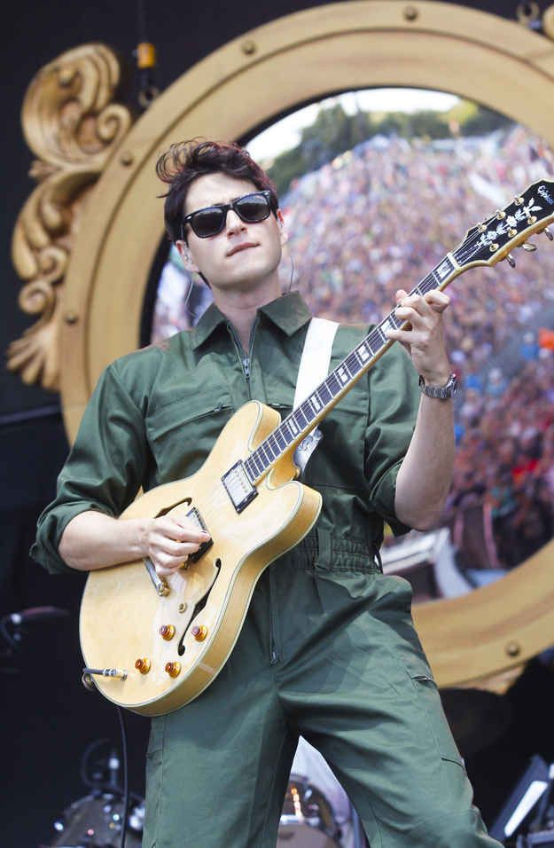 Only he can get away with wearing this.   27 Reasons Why Everybody Needs Some Ezra Koenig From Vampire Weekend In Their Life