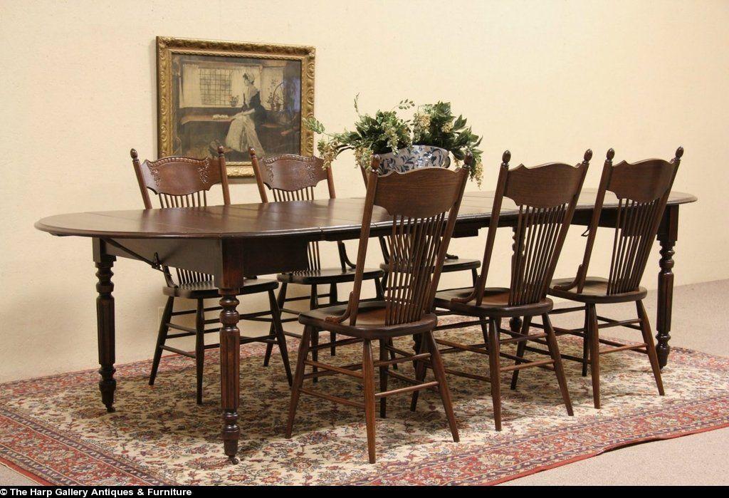 Oval 1885 Antique Oshkosh Oak Dining Table, Extends 10u0027