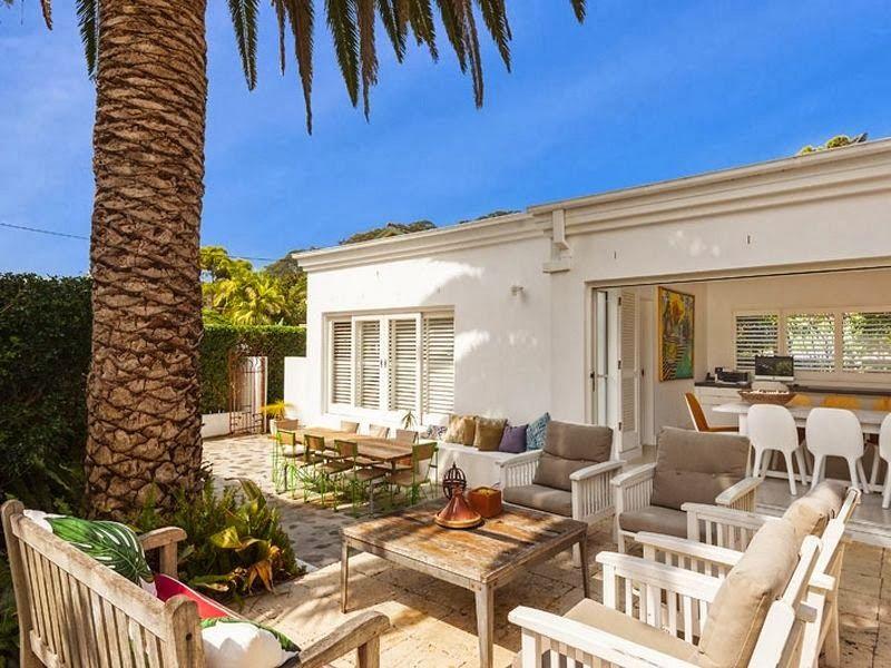 The Essence Of A Palm Beach House Beautiful Beach Houses Beach Houses For Sale Beach House